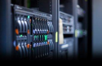 Find hosting til din nye webshop og vælg det rette økonomisystem
